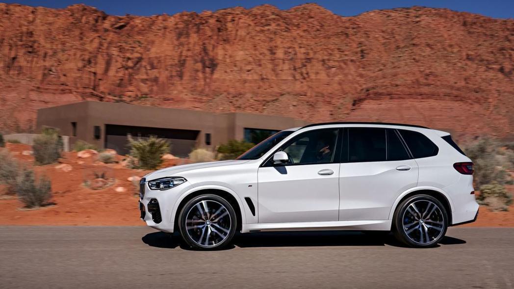 全新BMW X5(G05)給予了嶄新的樣貌。 摘自BMW