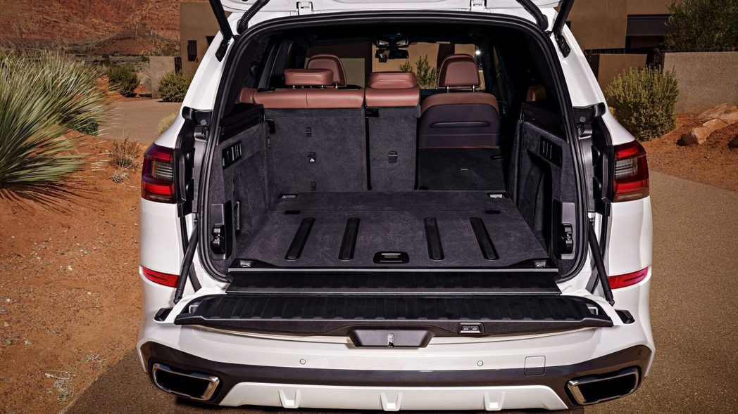 全新BMW X5(G05)後車箱最多可提供1,860公升。 摘自BMW