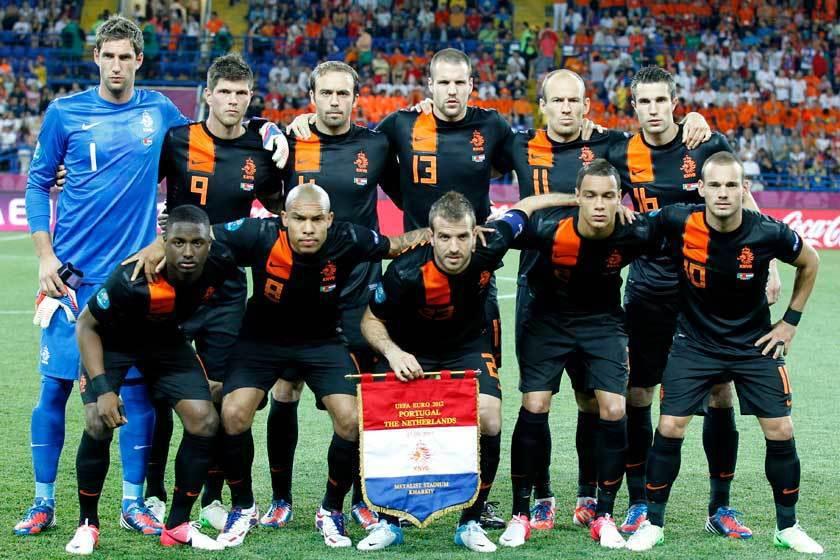軍容壯盛的荷蘭竟然在2012年歐洲盃預賽中3場全敗,讓球迷無法置信! 歐新社資料...
