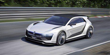 2020 VW Golf R將搭載400匹馬力Hybrid動力?