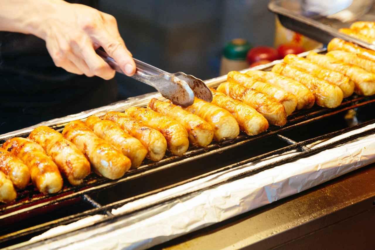 台灣「高雄」除擁有新鮮豐富海產外,在地夜市販賣琳瑯滿目的美味也讓到訪旅客讚不絕口...