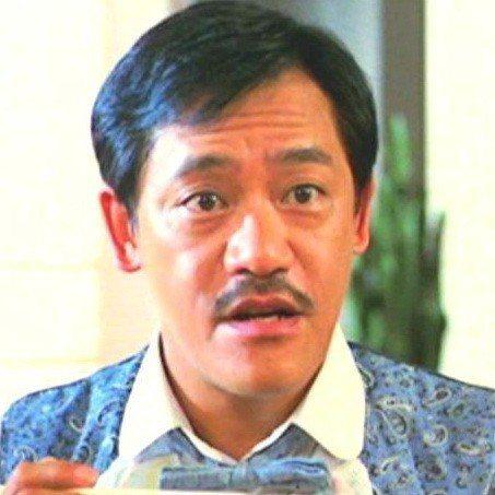 吳耀漢負責在「夏日福星」搞笑。圖/摘自HKMDB