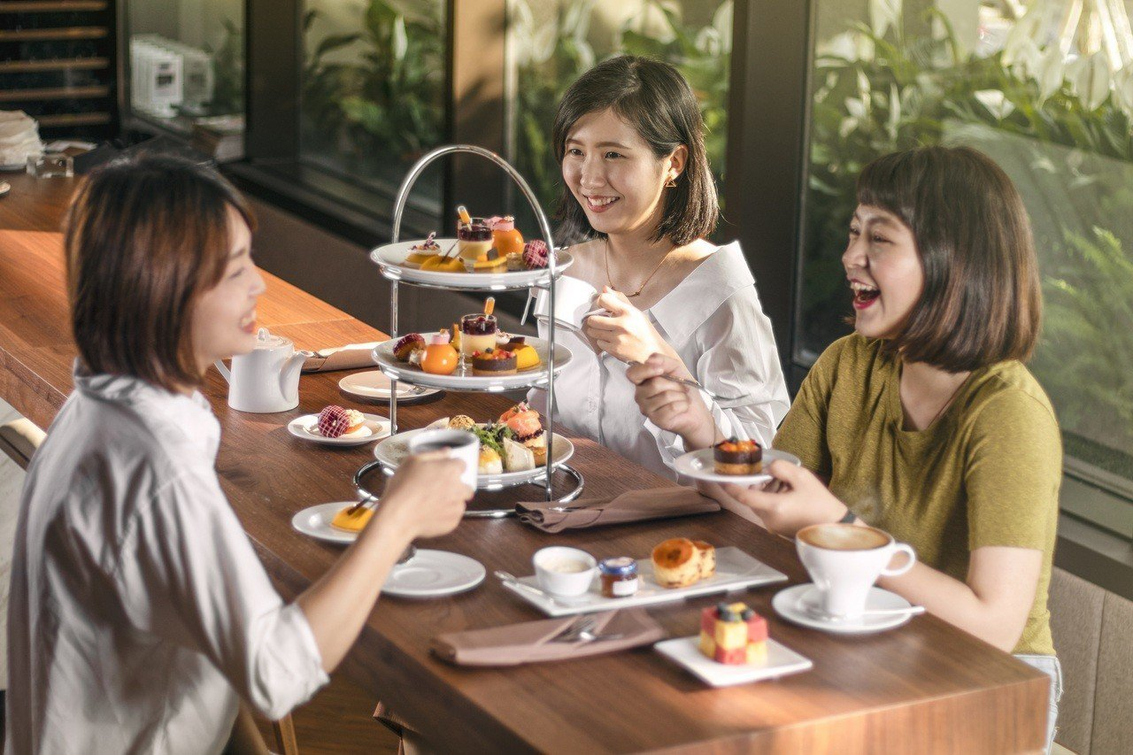 台南大員皇冠假日酒店推出芒果甜點套餐。圖/台南大員皇冠假日酒店提供