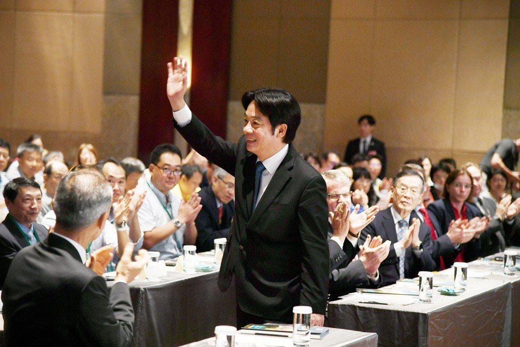 行政院長賴清德今天出席「2018台灣永續峰會」。圖/行政院提供