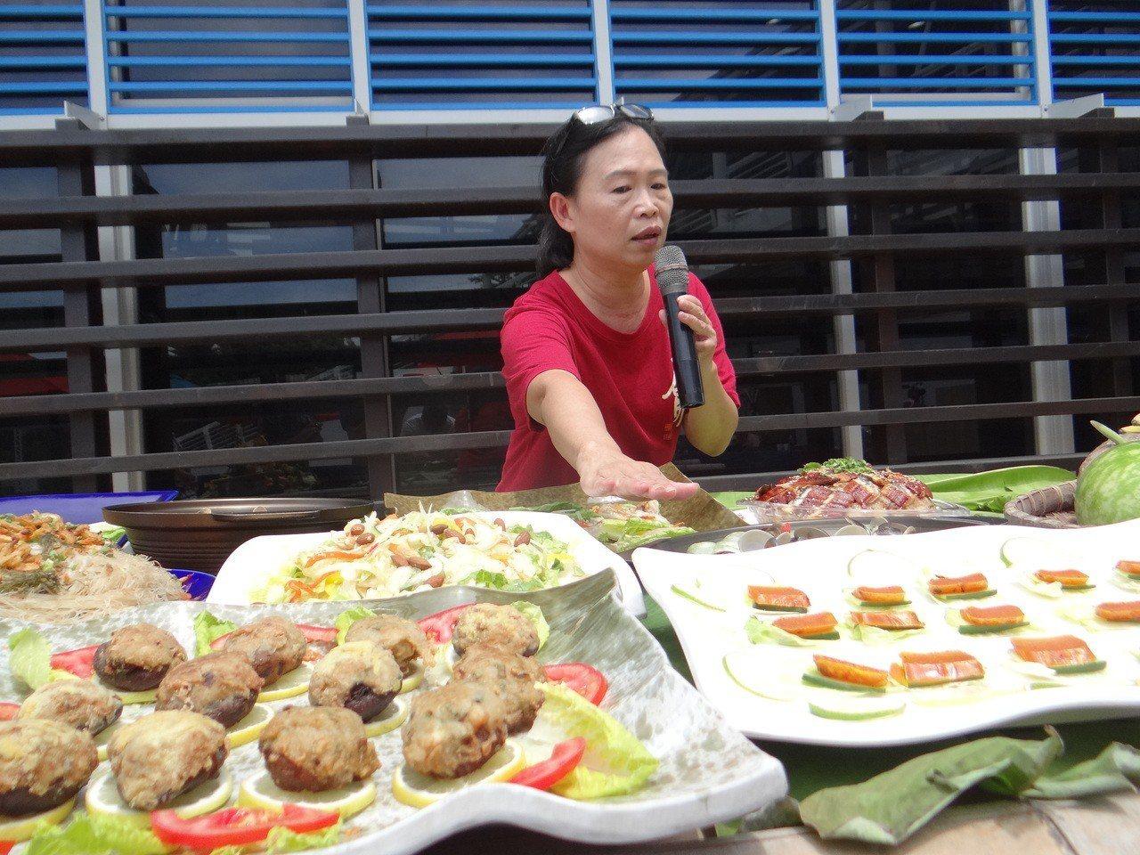 雲嘉南濱海國家風景區管理處與口湖遊客中心合作以在地農漁創業的食材胭脂鰻、馬蹄蛤等...