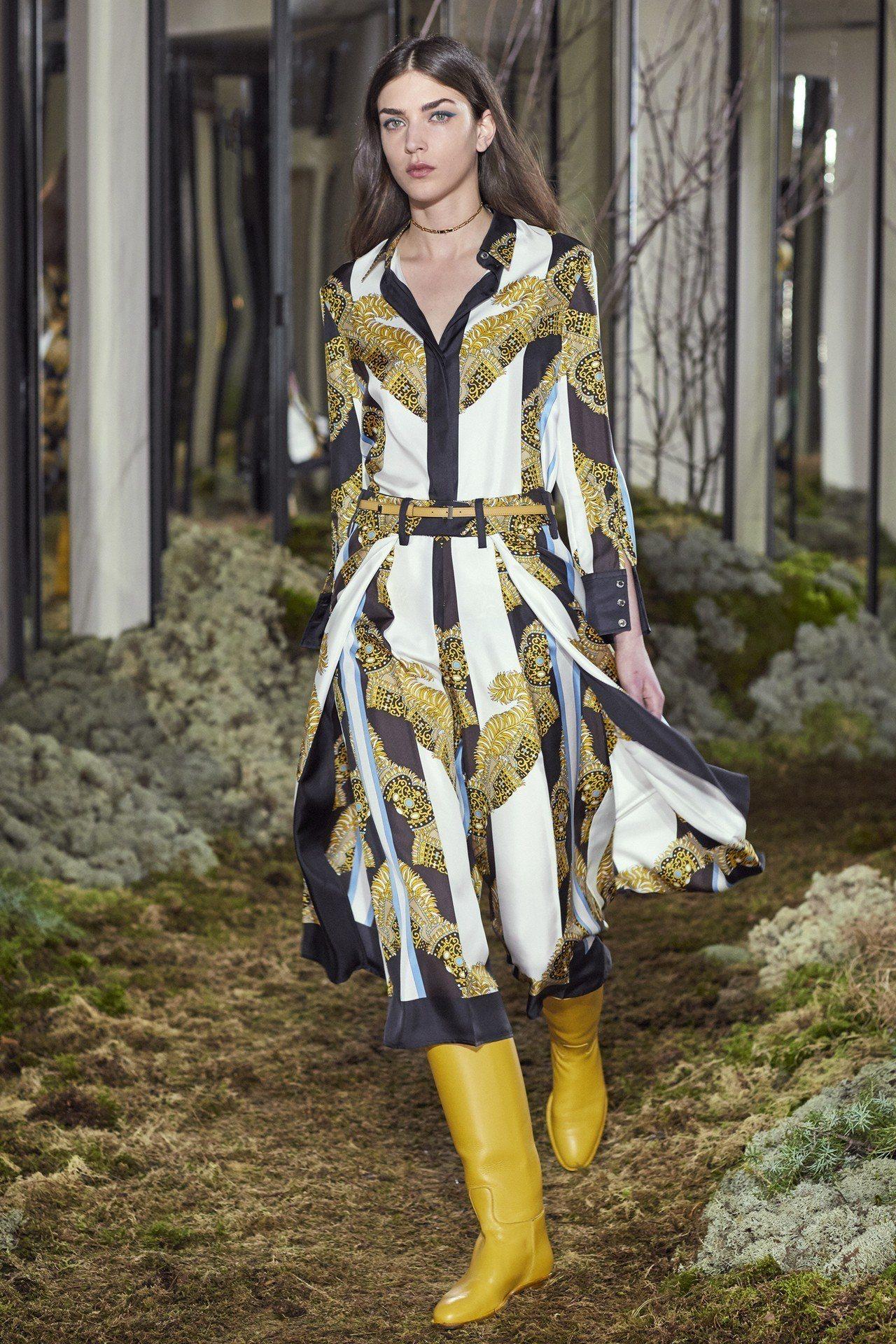 「戰神庇佑」絲巾圖案是今年女裝的主題元素之一,修飾腿型的打摺七分褲則是新出現的設...
