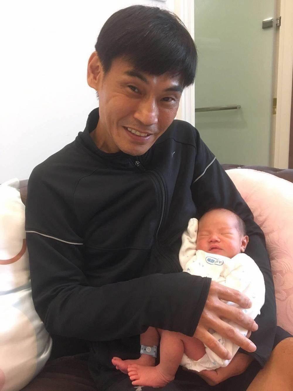 夏靖庭開心當爸。圖/星瀚提供