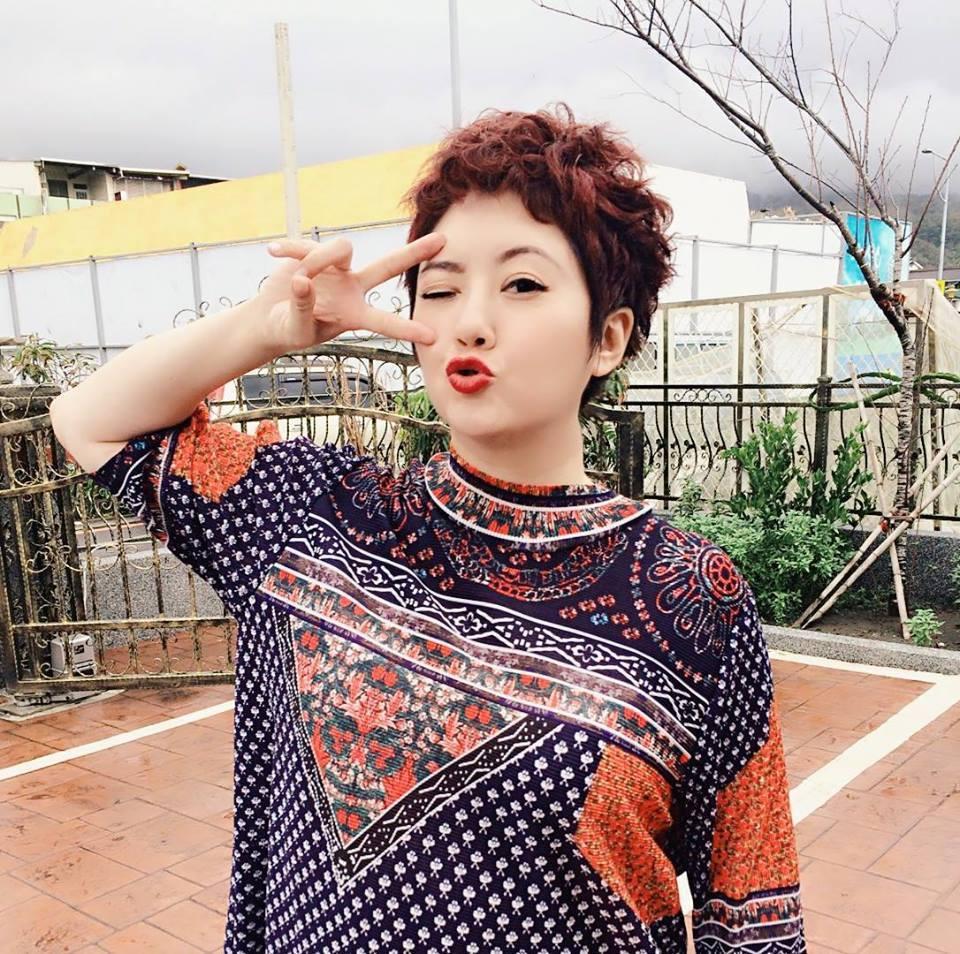 劉曉憶改名劉沛緹,瘦身過後外型顯得神采奕奕。圖/摘自臉書