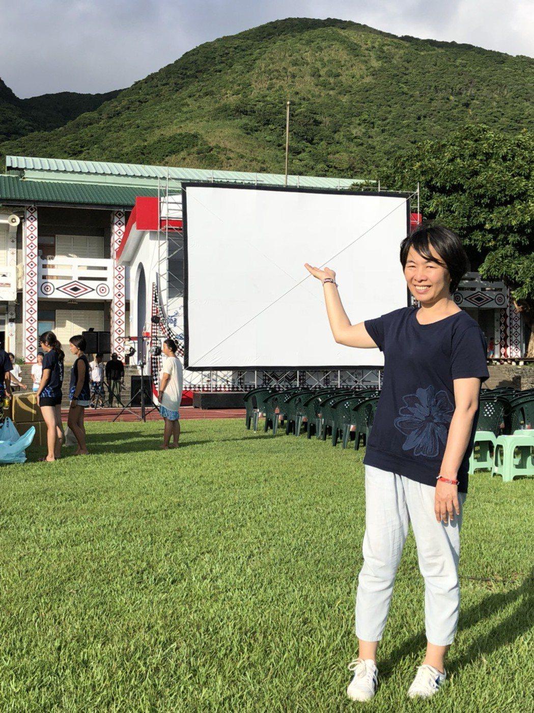 「只有大海知道」是導演崔永徽(右起)耗費6年心血的力作,露天舉辦全球首映。圖/海