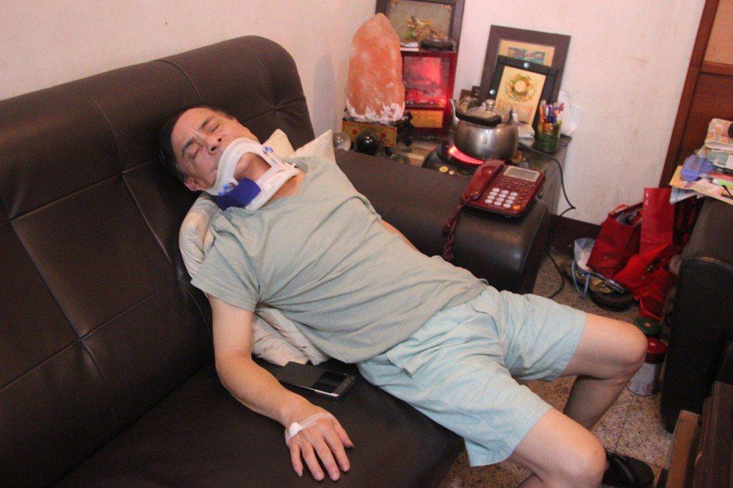 鹿港鎮代副主席郭熤水昨晚被打傷,門牙被打斷一顆,傳和鎮長選舉、鎮代會選舉有關,郭...