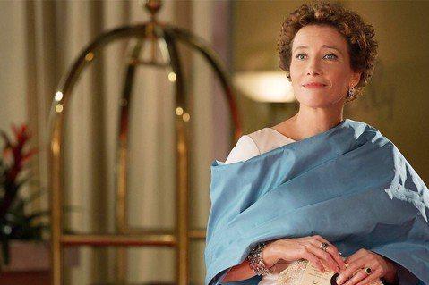 英媒「BBC」近日公布英國女王伊麗莎白二世的年度壽辰授勳名單,曾以「此情可問天」拿下奧斯卡影后的艾瑪湯普遜赫見在列,獲頒女爵士頭銜,授勳委員會也在官方聲明中說明原因,「艾瑪是英國最多才多藝也最著名的...