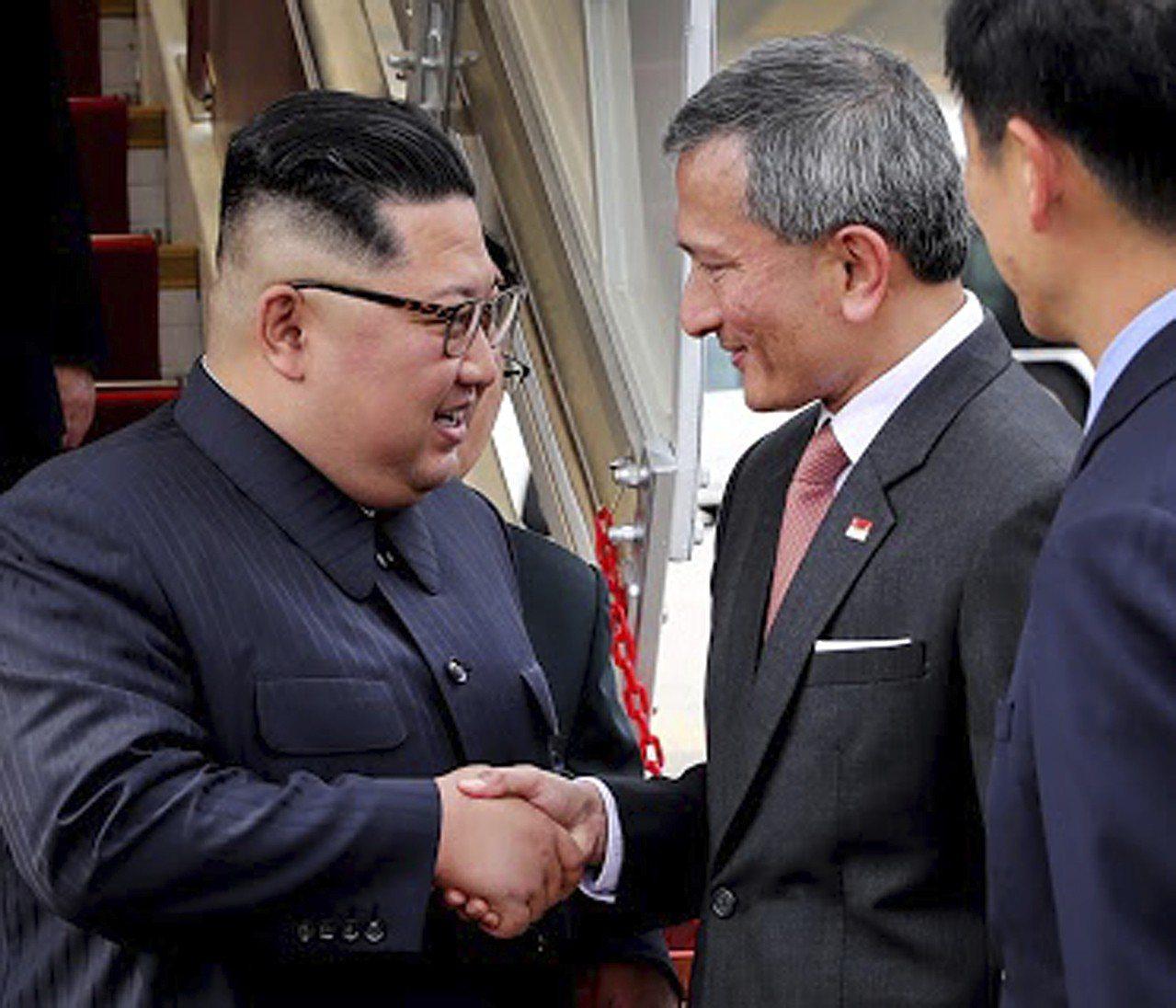 北韓領導人金正恩抵達新加坡,12日將與美國總統川普會面。 美聯社