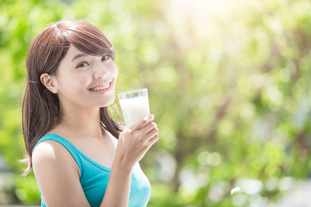 喝奶能補鈣。 圖/shutterstock