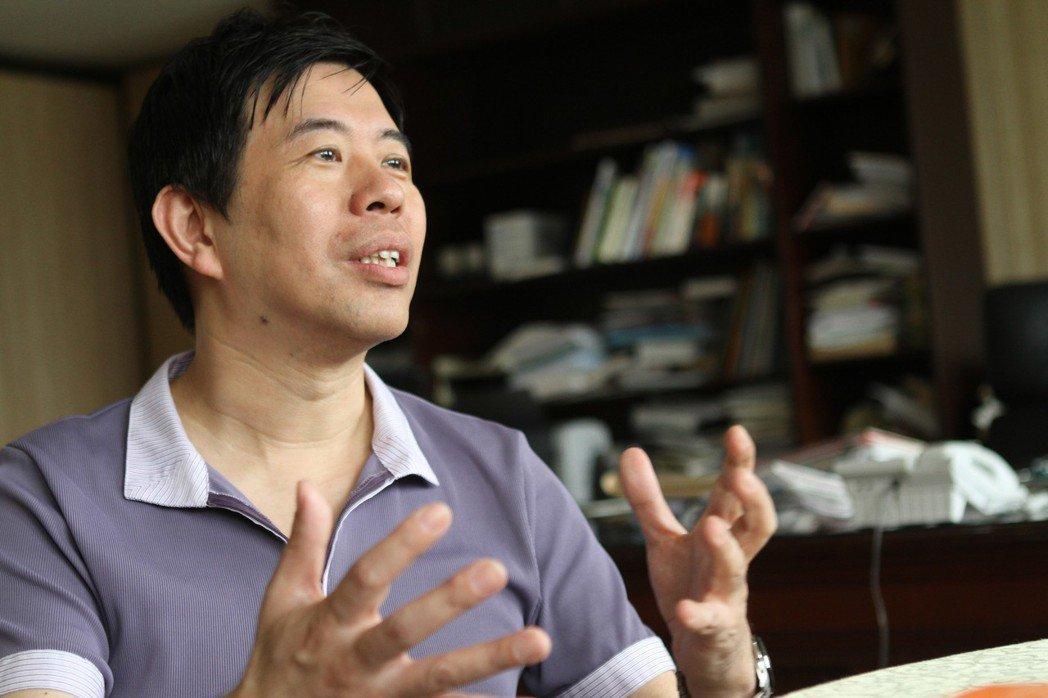 英語專家陳超明暢談如何培養兒子同時學好3種外語的歷程。圖/報系資料照