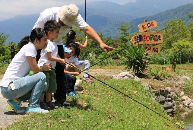 「兒童信心釣魚池」,顧名思義,讓小朋友釣出成就感。 理想大地/提供