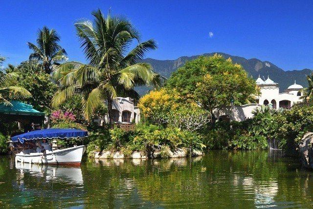 理想大地有「台灣威尼斯」之稱,2017年獲得Hotels.com評選為「全球遊船...