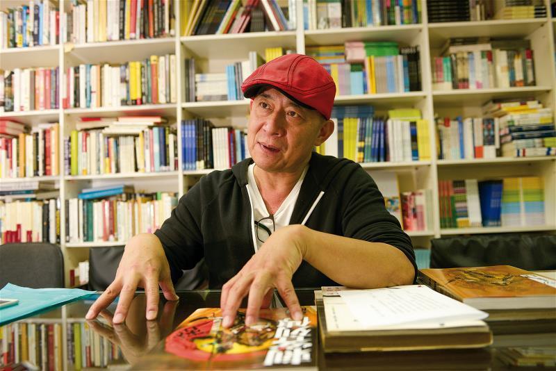 大辣出版社總編輯黃健和當年曾任鄭問的漫畫編輯,也是鄭問國際版權的重要推手。
