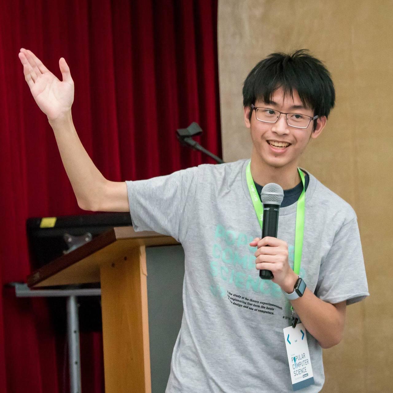 今年19歲的尤理衡,是個程式天才,6月剛從高雄美國學校畢業,去年已經透過特殊選才...