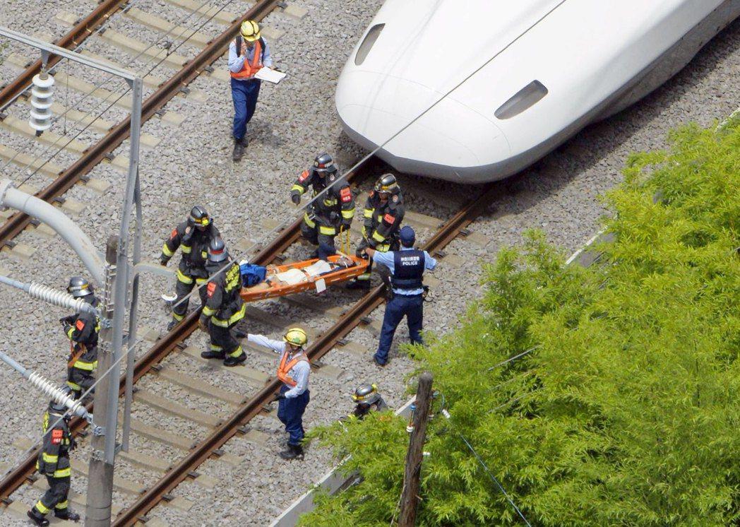 新幹線自焚事件發生後,曾在日本社會引起恐慌,畢竟堪稱日本驕傲的新幹線系統,一直以...