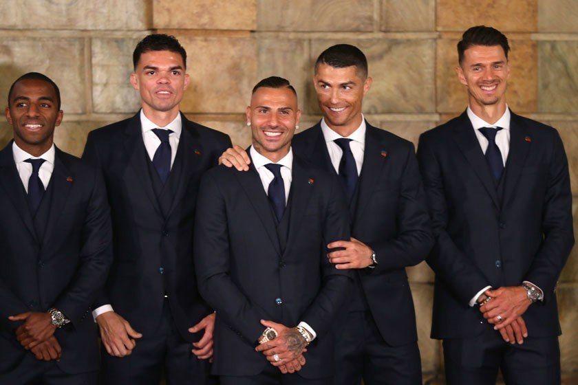 葡萄牙隊在出征世足賽前,獲得總統的召見與打氣,可見葡國上下對C羅領軍的國家隊是寄...