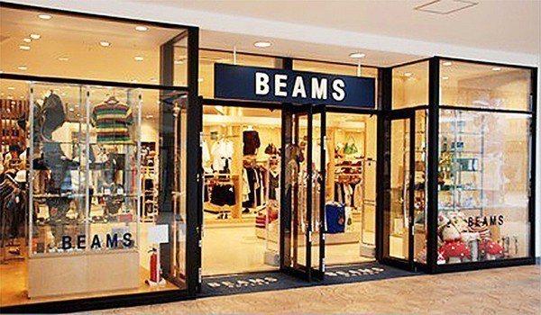 圖8 : 消費者進入BEAMS後,能夠透過手機或智慧型元件拍攝ASCON產品相框...