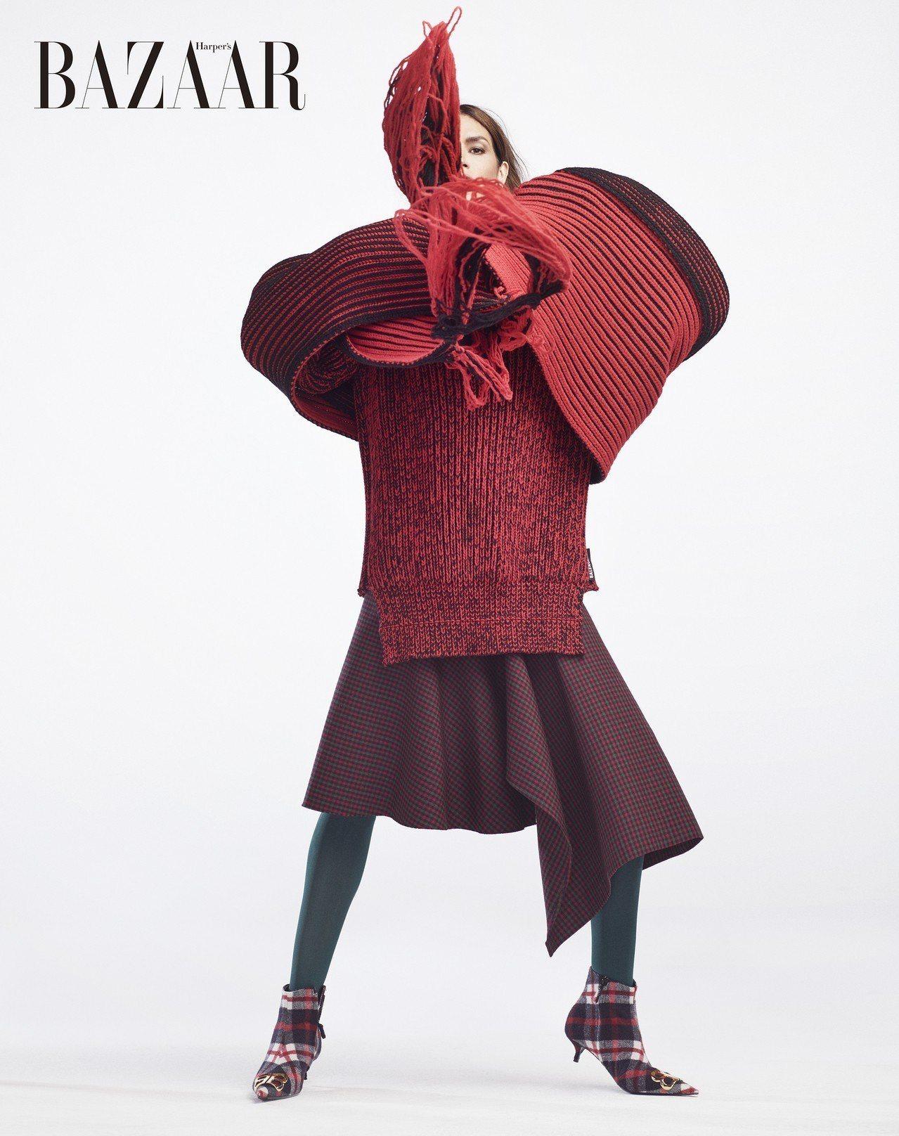 針織上衣、針織圍巾、裙、褲襪、鞋,Balenciaga
