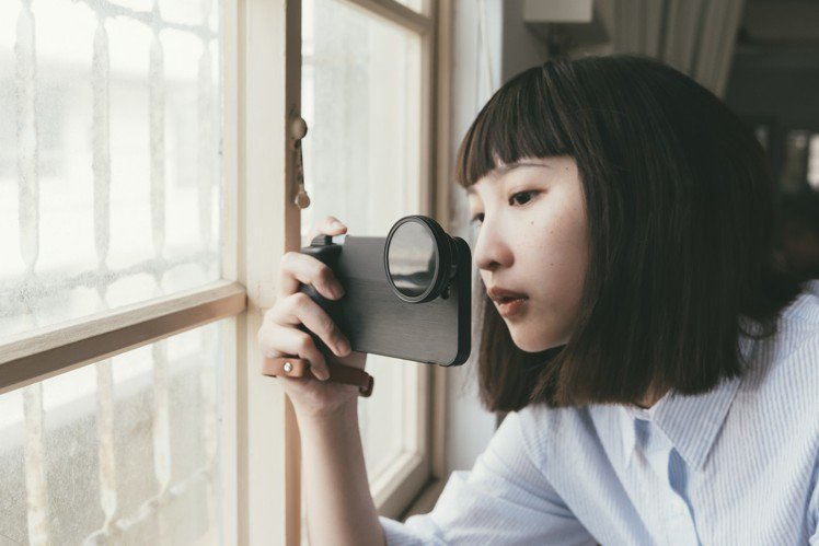 bitplay SNAP!系列手機殼,搭配不同鏡頭能拍攝出多樣效果。圖/bitp...