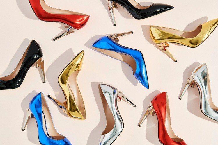 「G-Heel」高跟鞋靈感源自Logo字樣「G」字,秋冬更特別推出金屬色調與鏡面...