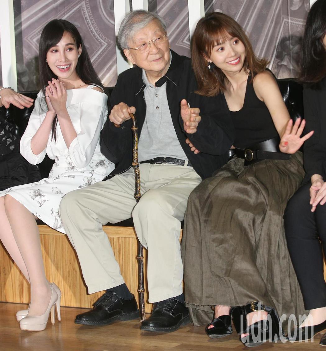 池端玲名(右起)、導演李行、卓苡瑄一同演出紅心字會公益微電影。記者陳正興/攝影