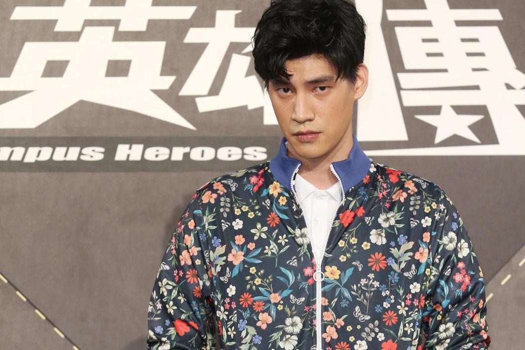 三立華劇「高校英雄傳」戲劇發布記者會,宏正退團SpeXial後,腳傷後復出,也要