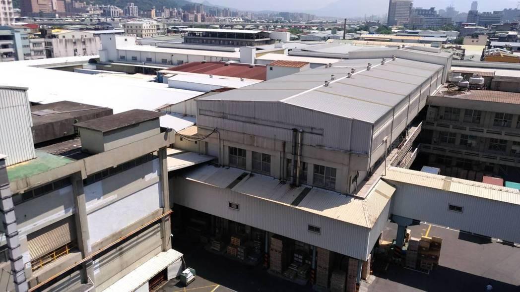 三洋電的泰山廠2.3萬坪土地,規劃為重劃住商開發案,7月將正式掛件。記者張義宮/...