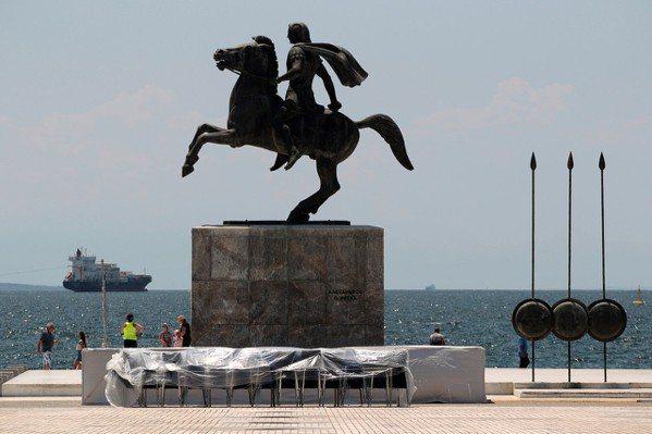 希臘馬其頓省區城市第撒隆尼基的亞歷山大大帝像。 (路透)