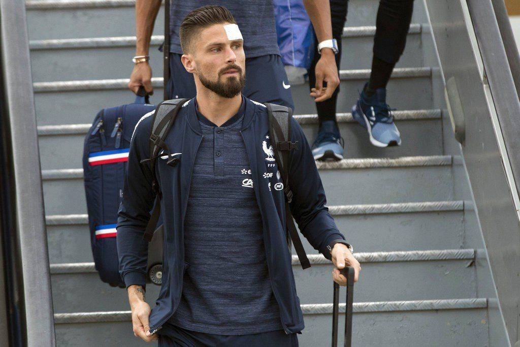 法國前鋒吉魯頭傷無礙,應可趕上16日與澳洲隊的世界盃足球賽首戰。 美聯社