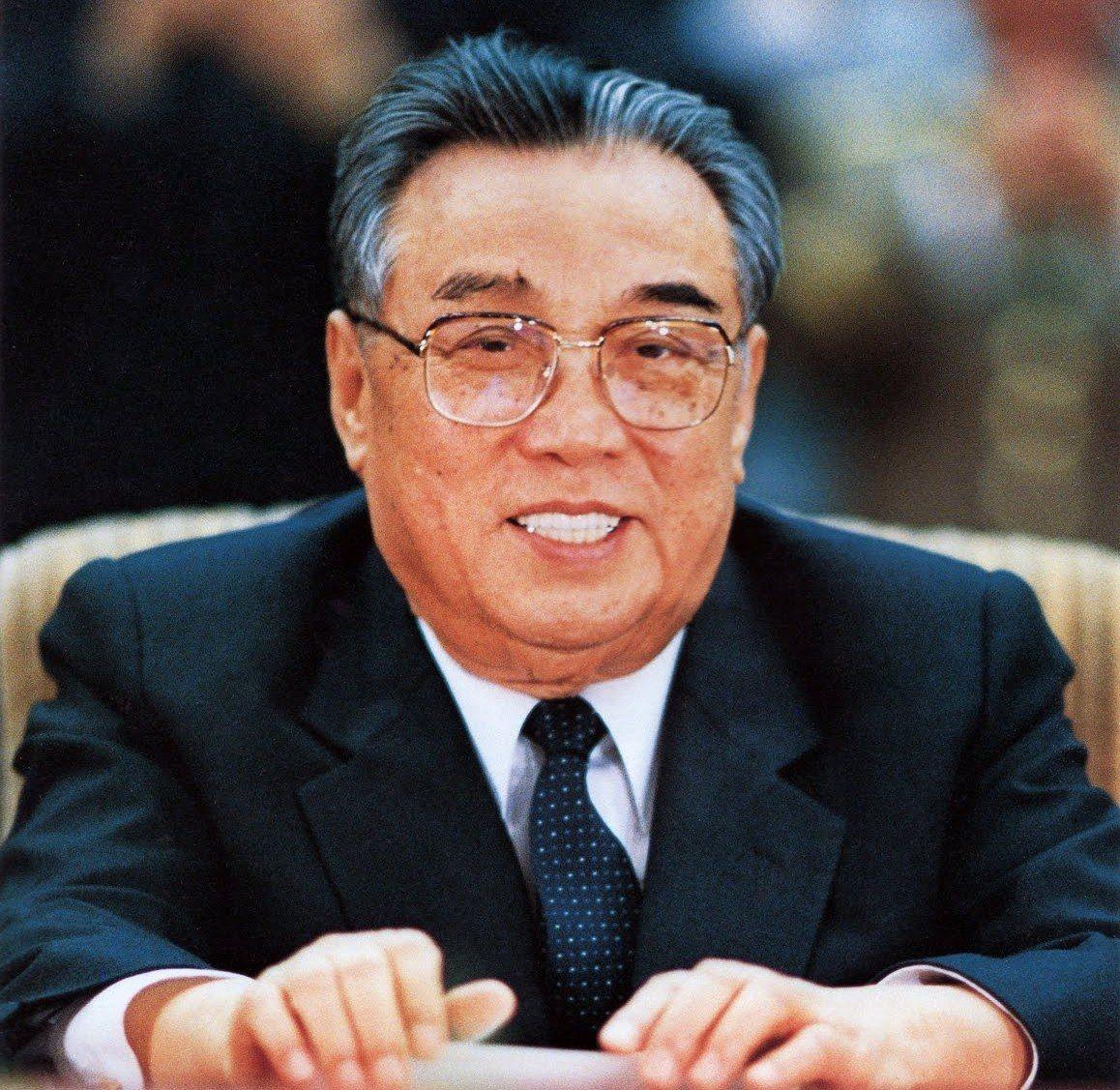 北韓為了紀念「金氏王朝」創建者金日成,以金日成出生的1912年開始起算紀年。 歐...