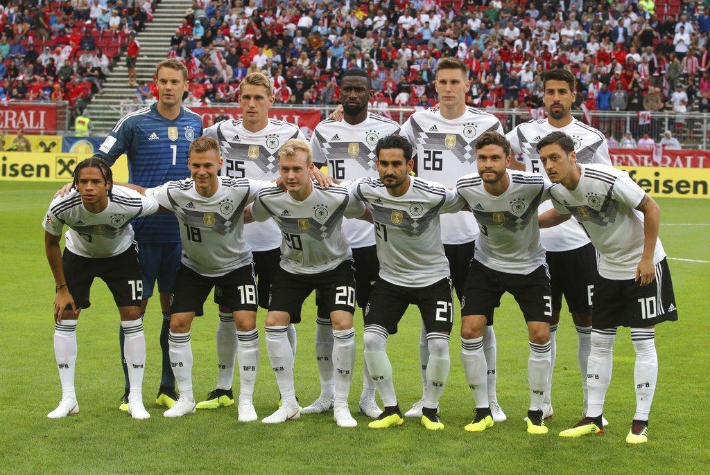 英國媒體「每日鏡報」為32支球隊進行實力分析與排名,衛冕軍德國仍高居第一。 美聯...