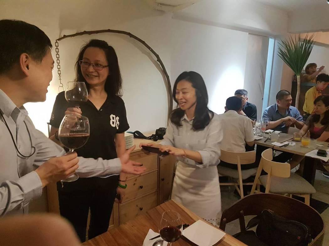 IRTC Club不定期舉辦活動,演講、聚餐等等,彼此分享,很是熱絡。 林凱祥/...