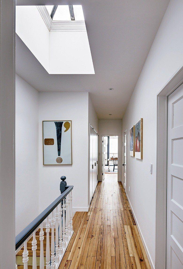 清晰界定二樓場域,擘劃出訪客使用區域及貓咪生活圈