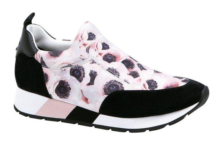 Le Pliage Anemone粉銀蓮色網球鞋,售價11,200元。圖/LON...