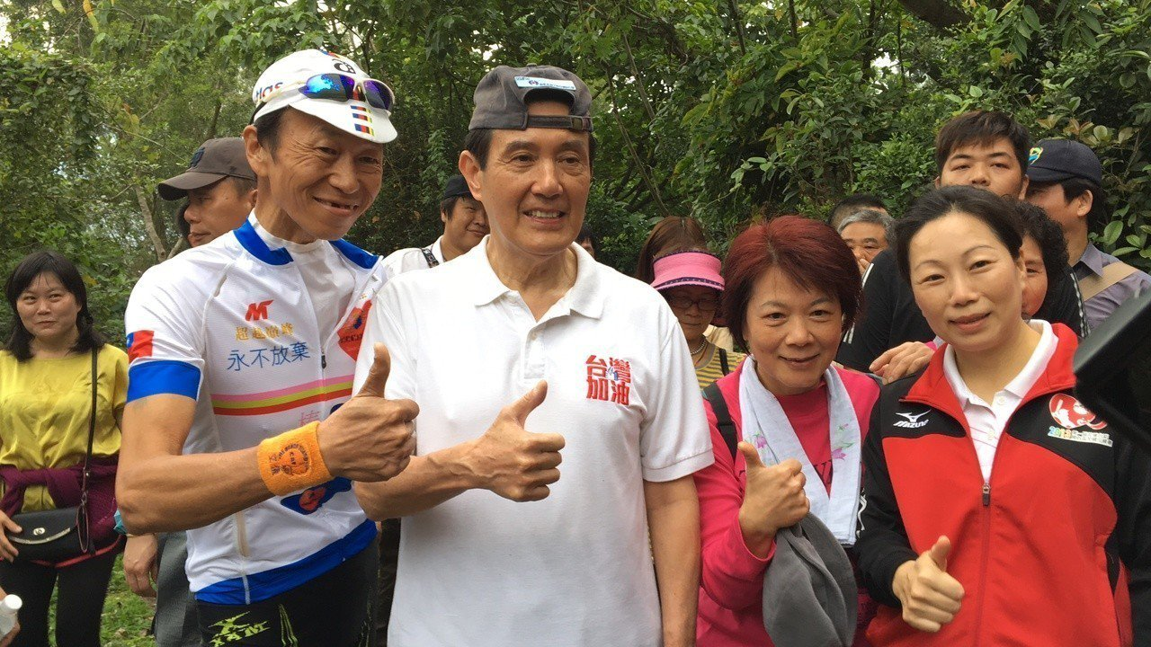 前總統馬英九最近下鄉,所到之處都受到民眾熱烈的歡迎。本報資料照片 記者徐庭揚/攝...