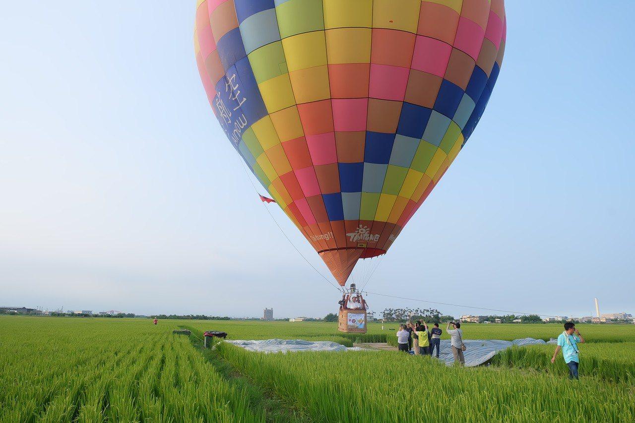 「三奇稻浪-熱氣球嘉年華」活動將延後至23日及24日舉行。圖/報系資料照