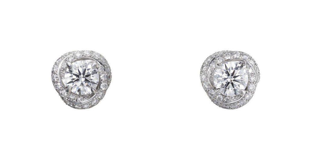 卡地亞Trinity Ruban 單鑽耳環,白K金,每只鑲嵌一顆圓形明亮式切割鑽...