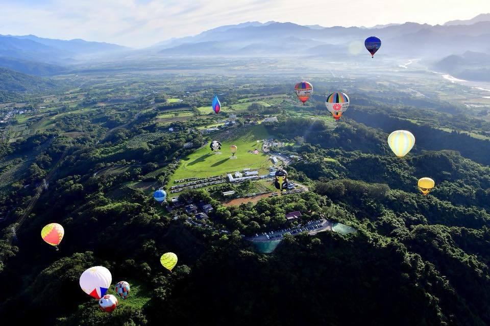 今年台灣熱氣球嘉年華延長至45天。圖/摘自台灣熱氣球嘉年華粉絲團