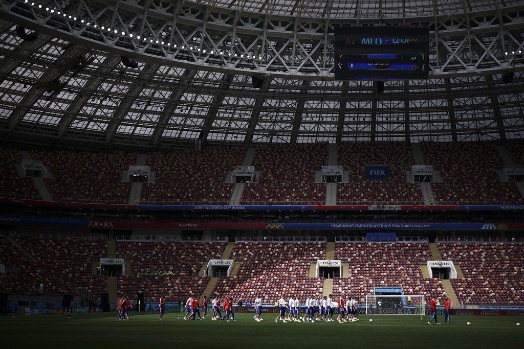世界盃轉播權利金全球採各地獨立投標,向來都是價高者得。 美聯社