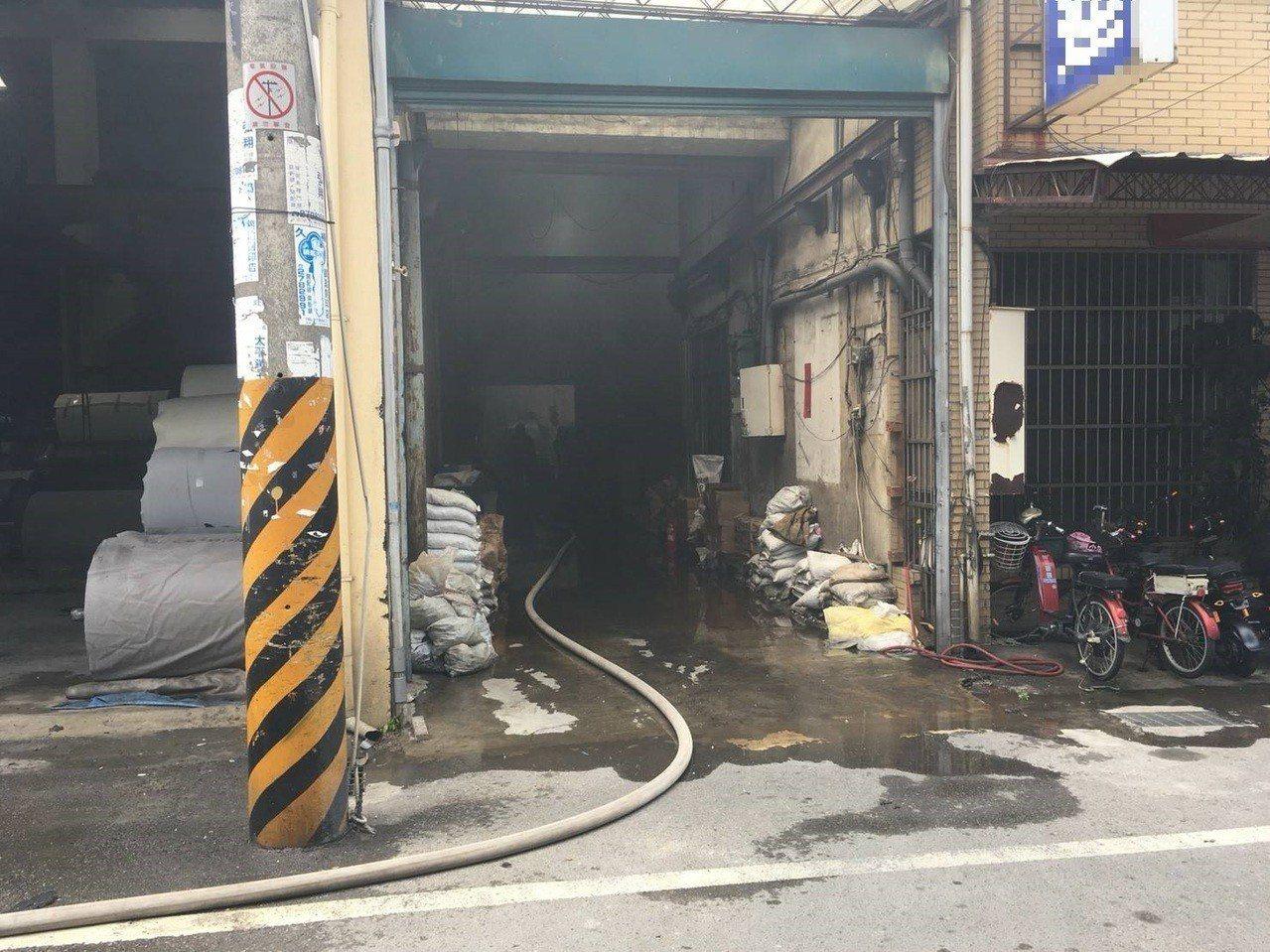巫姓男子今上午出院返家,住家工廠卻因此發生火警,他也被燒成焦屍。圖/台中市消防局...