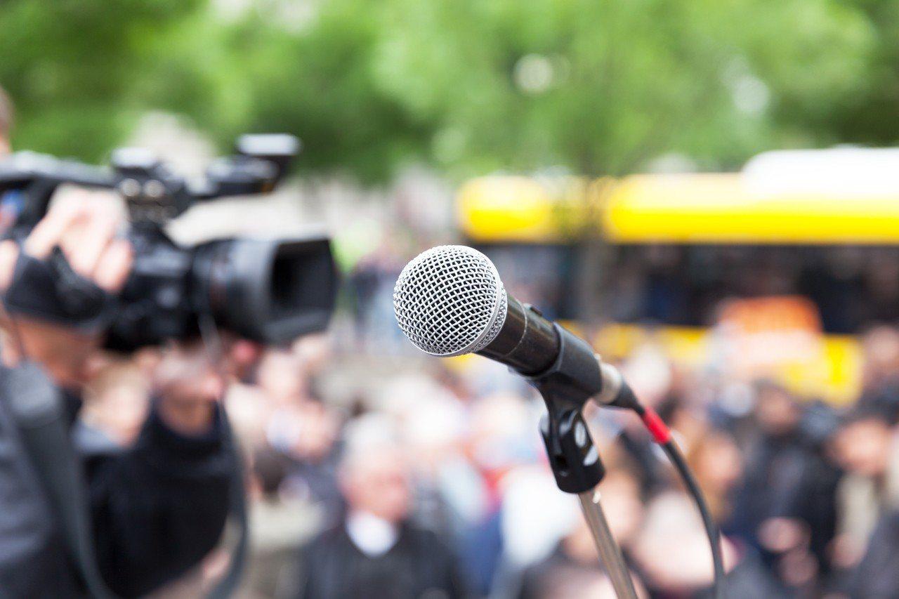 示意圖。勞動部14日召開勞動基準諮詢會,討論媒體出國採訪等十行業於特殊情形排除七...