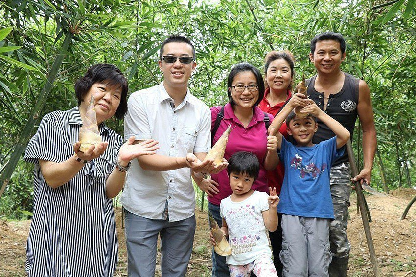 全新十三行樂齡一日遊搶鮮品嘗八里當季綠竹筍。 十三行博物館/提供