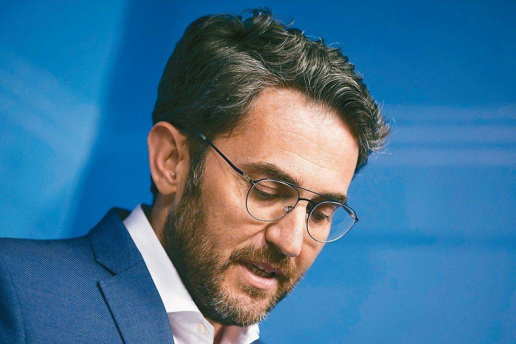 西班牙文化體育部長伍爾達遭爆曾逃稅數萬歐元而遭罰款,他13日宣布辭職。 美聯社