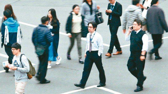 畢業求職旺季到來,富邦媒下半年預計再招募逾百人。 報系資料照