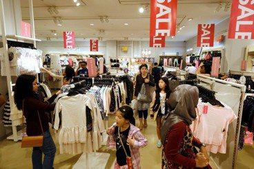 吳英傑/一年一度的開齋節購物狂歡,印尼人買什麼?