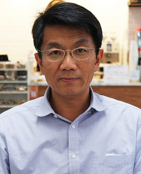 圖2 : 金屬中心精微成形研發處處長花瑞銘說,台灣電動車供應鏈具少量多樣化的競爭...